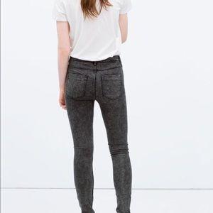 zara acid wash denim skinny  jeans - size 4